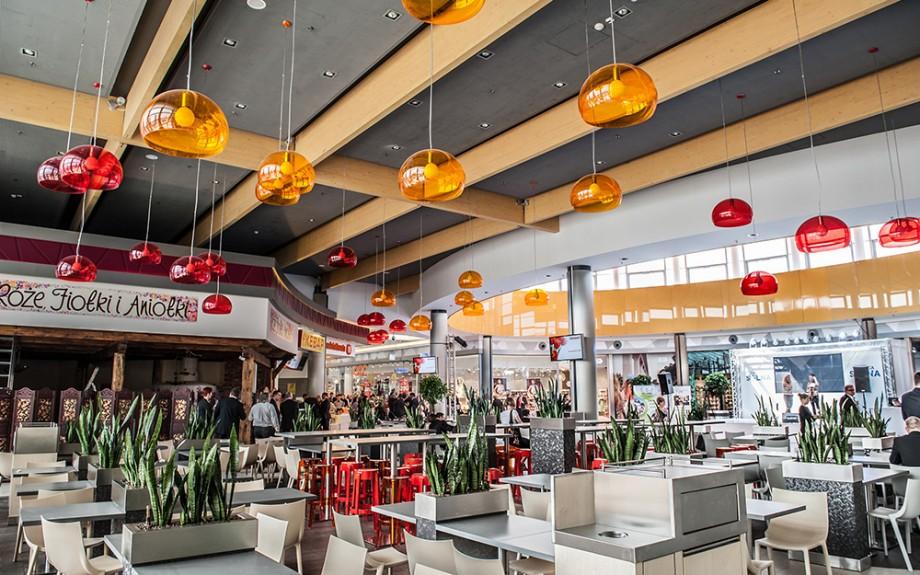 wystrój wnętrz centrum handlowego Galeria Solna w Inowrocławiu